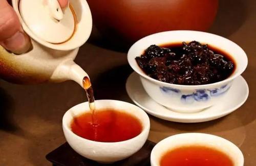 凤庆县顺发茶业有限责任公司普洱茶生茶好还是熟茶好